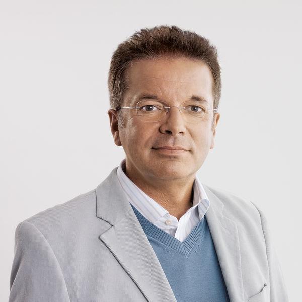 Energielandesrat Rudi Anschober weist die Stimmungsmache gegen Biomasse entschieden zurück - anschober_rudi_0160_portrait_3c